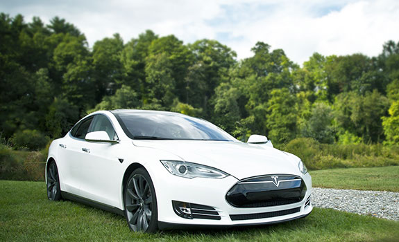 Tesla - Your luxury electric car